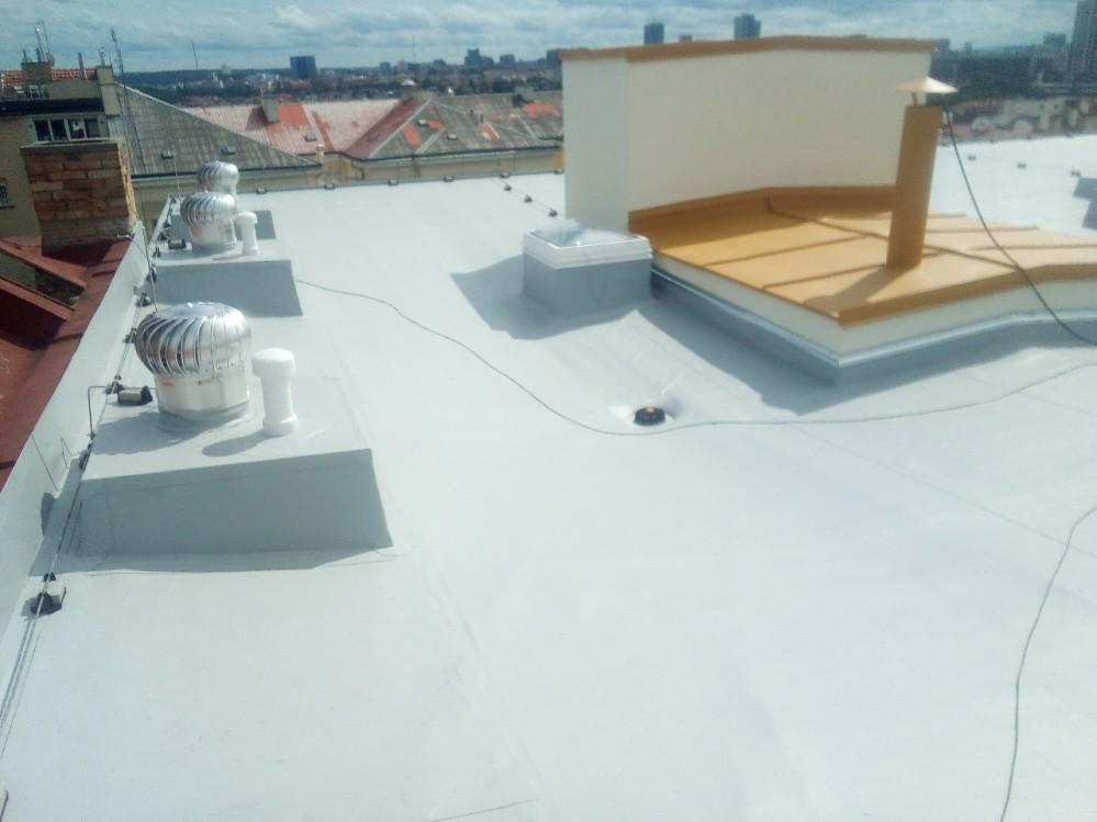 hydroizolace ploché střechy BD Záhřebská