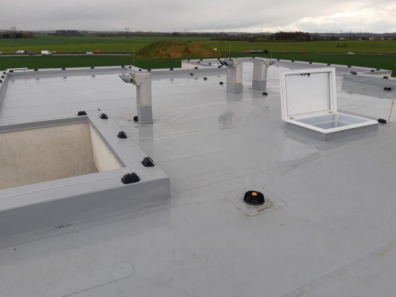 Rekonstrukce ploché střechy BD Na Formance